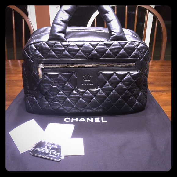12da81c5cf16 CHANEL Handbags - Authentic CHANEL Cocoon Lambskin Black Handbag